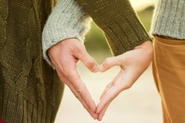حياة زوجية آمنة من أعاصير الجاهلية