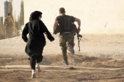 كيف واجهت المرأة السورية رحى الحرب؟