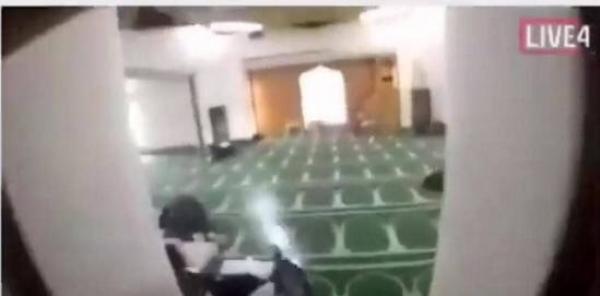 آخر كلمة قالها المسلم في وجه الإرهابي قبل أن يموت