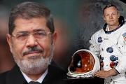ما بين مرسي وأرمسترونغ