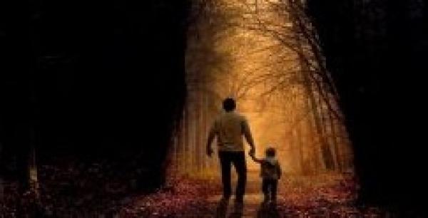 ولدي يسأل لماذا الله لا يحمينا من الشر ؟
