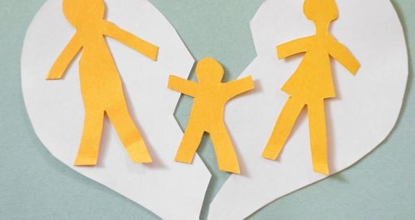 كيف نُعالج مشاكل الأبناء بعد الطلاق؟!