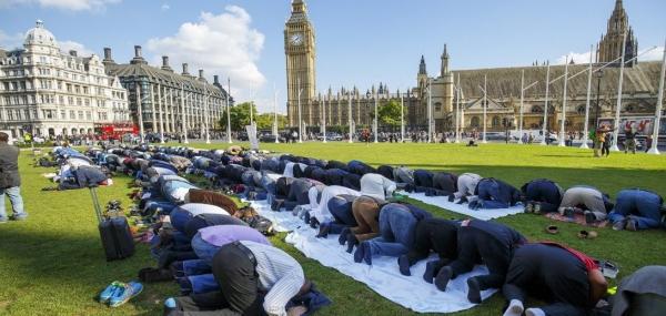 كيف يعيد المسلمون الاندماج في المحيط الإنساني؟!