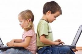 ٨ مهارات اتصال يخسرها ابنك بسبب التكنولوجيا