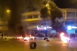 لا انفراجة.. الاقتصاد يغلف أزمة لبنان السياسية